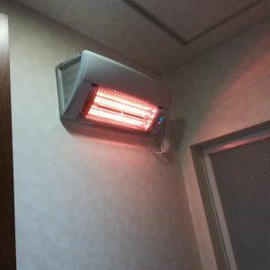 Y様邸・M様邸【壁掛型遠赤外線暖房機(ウォールヒート)】